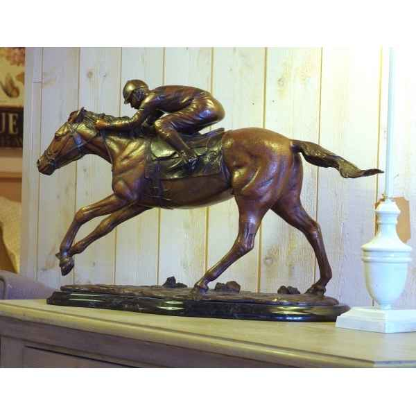 Figurine en bronze, Jockey sur cheval de course -AN0938BR-B